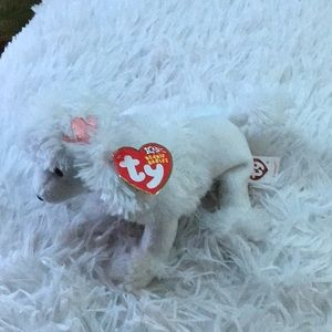 "2002 Ty Beanie Baby ""L'Amore""."
